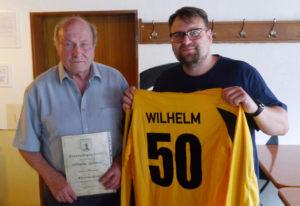 Wilhelm Schmidt, Ehrenmitglied der Schiedsrichtervereinigung Dillenburg, ist am 20. Januar im Alter von 76 Jahren verstorben. (Foto: Spahn)