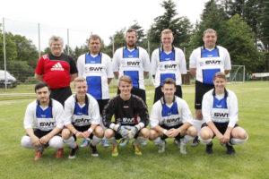 Die Mannschaft des Dillkreises belegte beim Schiri-Regional-Turnier in Ballersbach Platz sechs.